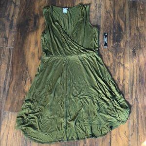 NWT Venus Dress